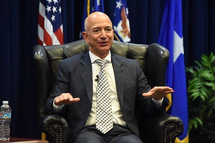 La cara de Amazon: prácticas antisindicales, escuchas, monopolio, falsos autónomos, impuestos…